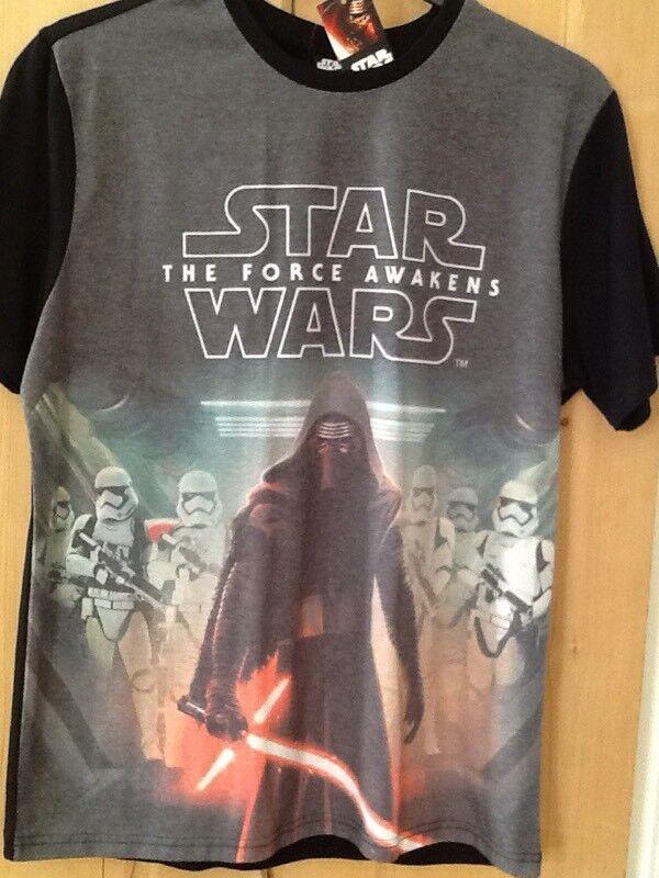 Brand New Star Wars T shirt still tagged Medium