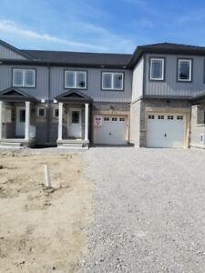 BRAND NEW 3 BDRM TOWNHOME IN SOUTH WEST