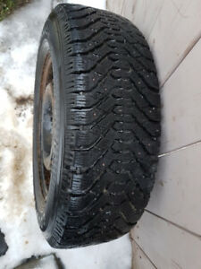 """16"""" Goodyear snow tires on rims (Dodge Caravan and others)"""