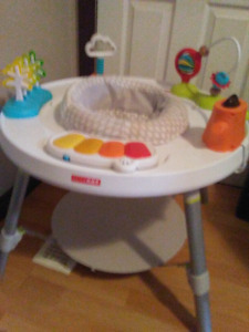 3 in 1 exersaucer by skip hop