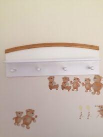 Baby/Kids Coat hook hanger and shelve, 72 cm wide, 4 coat hooks