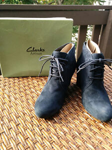 Clarks navy suede leather wedge shoes , women's size 9.5
