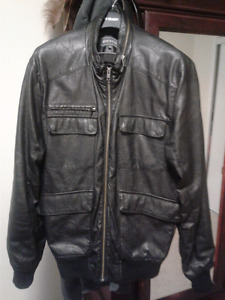 Men's large R&W CO. light spring/summer leather jacket.