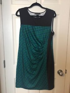 Avon Signature Collection dress size large