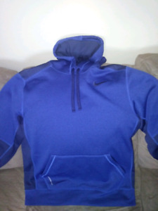 *Like New* Nike Therma-Fit (M) Hoodie
