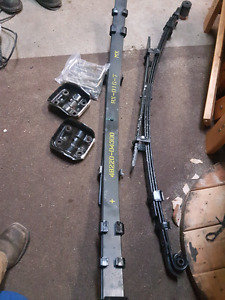 2005-2015 Toyota Tacoma leaf springs! Brand new!