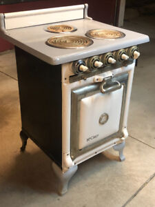 1922 Electric Stove