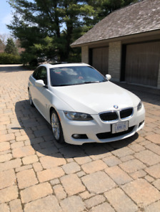 2010 BMW 3 Series 2dr Cpe 335i xDrive AWD - 6 SPEED MANUAL