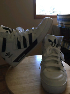 Looking to sell shoes quick