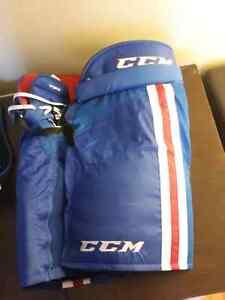 CCM hockey shorts / culotte de hockey