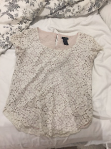 White Lace Blouse from Aritzia - Size Small