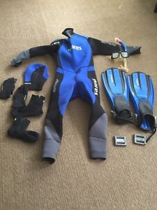 Mares Scuba Suit and Gear
