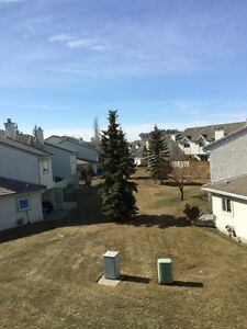 2 Rooms for Rent in Modern Clean West End Townhome Avail. Now Edmonton Edmonton Area image 7
