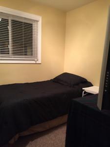 ROOM for RENT... Immediately... Oct. 1st/Nov. 1st  Johnstown, ON