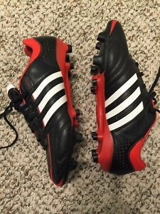 Adidas outdoor soccer shoes size 8.5 adult London Ontario image 2