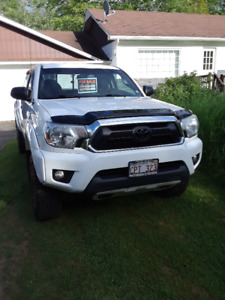 2012 Toyota Tacoma TRD off Road Pickup Truck