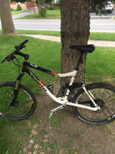 Kona full suspension Mountain bike