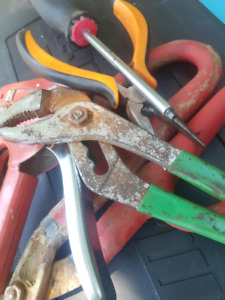 Looking for old tools.. Donation
