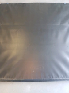 Ford OEM folding tonneau cover - Excellent condition