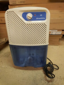 SIMPLICITY 20 PINT/DAY DEHUMIDIFIER BY CTC