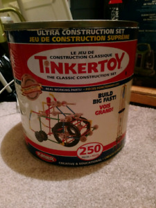 Two 250 piece TinkerToy bins