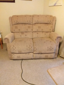 2 seater manual recliner (2 yrs old)