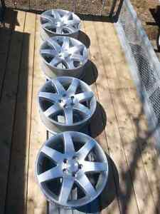 "4 mags 18""saturn vue sport bolts patern 5x115"