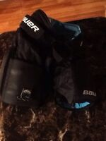 Bauer youth pants lg/xl goalie $25
