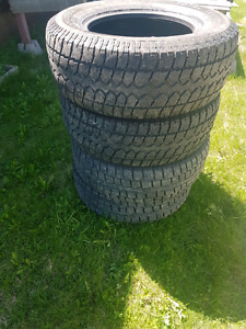 """Used 17"""" truck tires. P265 70 r17 $100 obo"""
