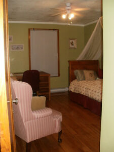 Beautiful Room for MAC Student in Ste-Anne-de-Bellevue