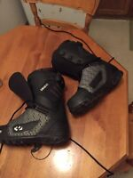 Snowboarding boots bran new thirty two brand size 12