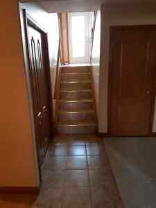 House for rent in South Windsor  Windsor Region Ontario image 4