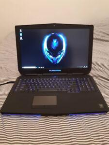 Alienware 17 R2 950$ FERME