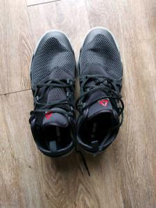Reebok men's sneakers - black - size 11