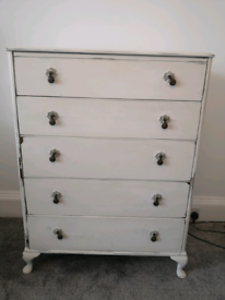 Vintage / shabby chic drawers and side table