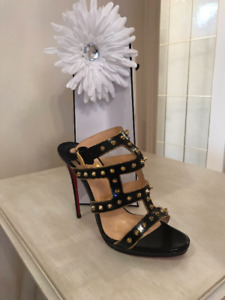 Classy & Fabulous Ladies High End Consignment Online Store