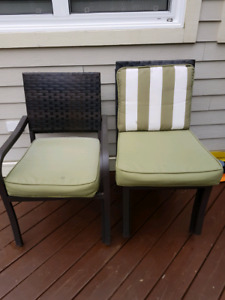 Patio table chairs