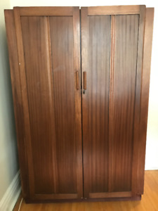 Antique Wardrobe: Perfect for Clothing Storage