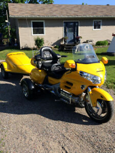 2001 Honda Gold Wing 1800 with trailer and 2017 Insta Trike Kit