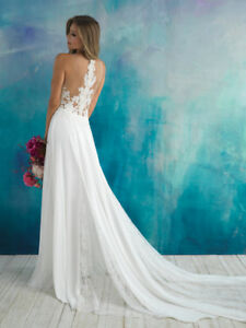 Beautiful Allure bridal gown