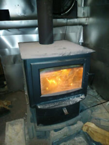 Napoleon S9 woodstove with insulated pipe