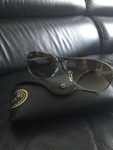 Excellent condition Ray Ban sunglasses