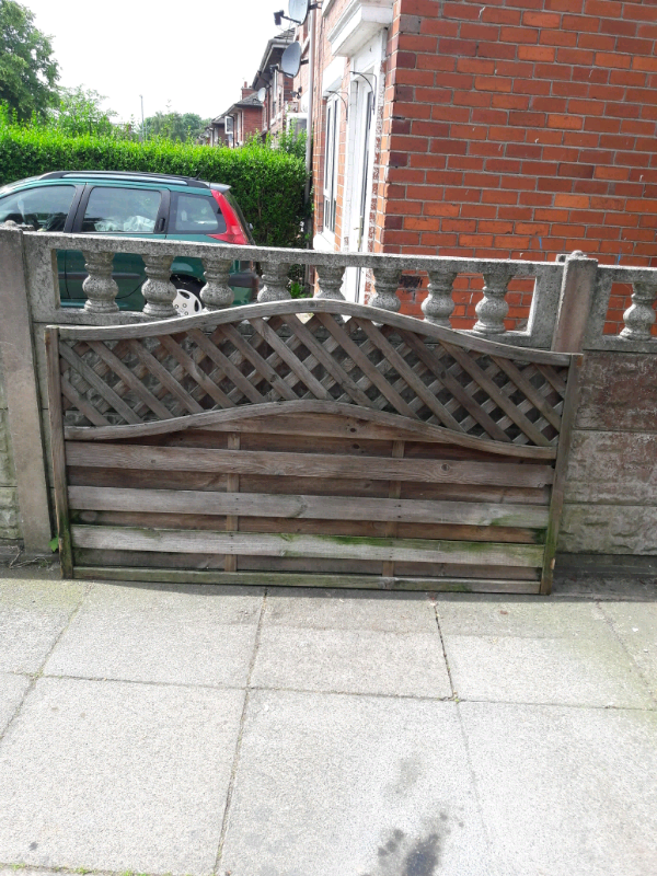 Arch lattice fence panels and gate | in Stoke-on-Trent, Staffordshire |  Gumtree