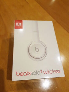 BNIB Beats Dr. Dre Solo 3 headphone