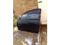 Corsa c 2005 3 door complete passenger door in black z20r 07594145438