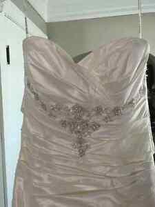 Maggie Sottero Caleigha dress Kingston Kingston Area image 3