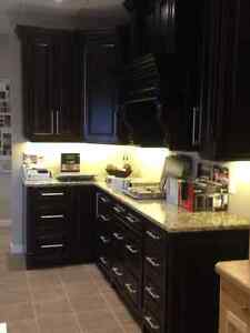 Beautiful Raised Panel Maple Kitchen with Granite Countertop Moose Jaw Regina Area image 2