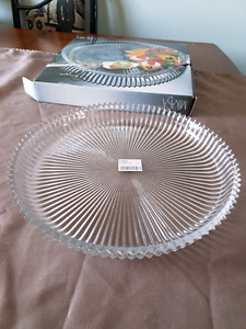 "Mikasa ""Diamond Fire"" platter and hostess bowl. Never used."