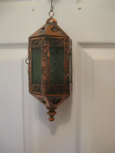 DECORATIVE ORNATE VINTAGE FILIGREED COPPER HANGING CANDLE LIGHT