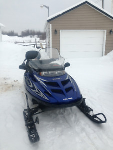 MOTONEIGE POLARIS GRAND TOURING 2002 600CC